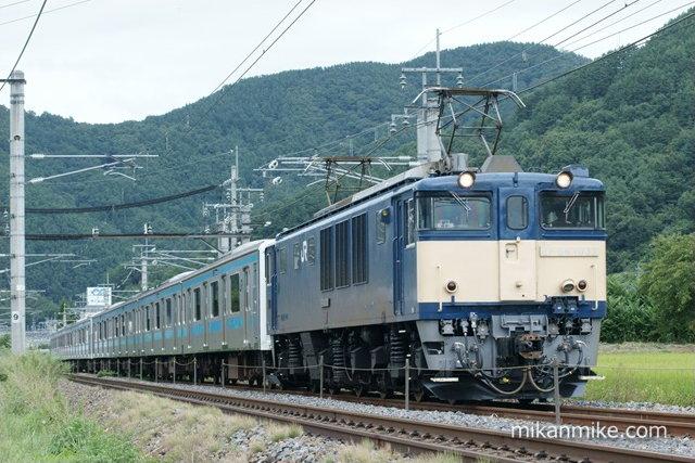 EF64-1032と209系