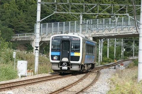 キハE200形