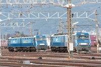 EH200-4とEH200-15