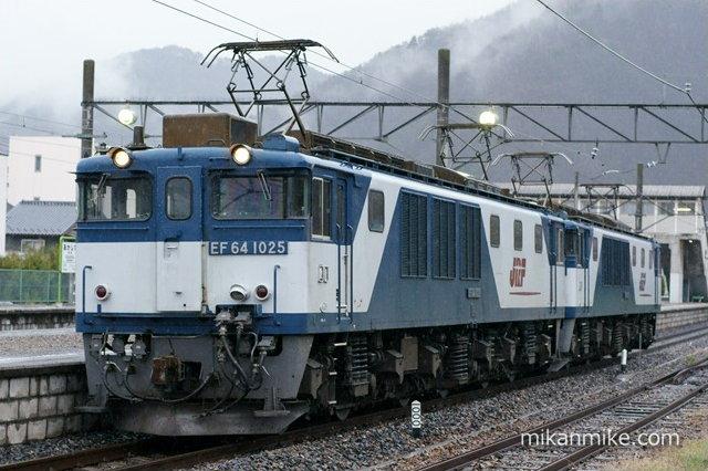 EF64-1025+EF64-1017